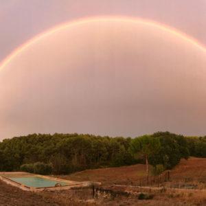 piscine arc en ciel